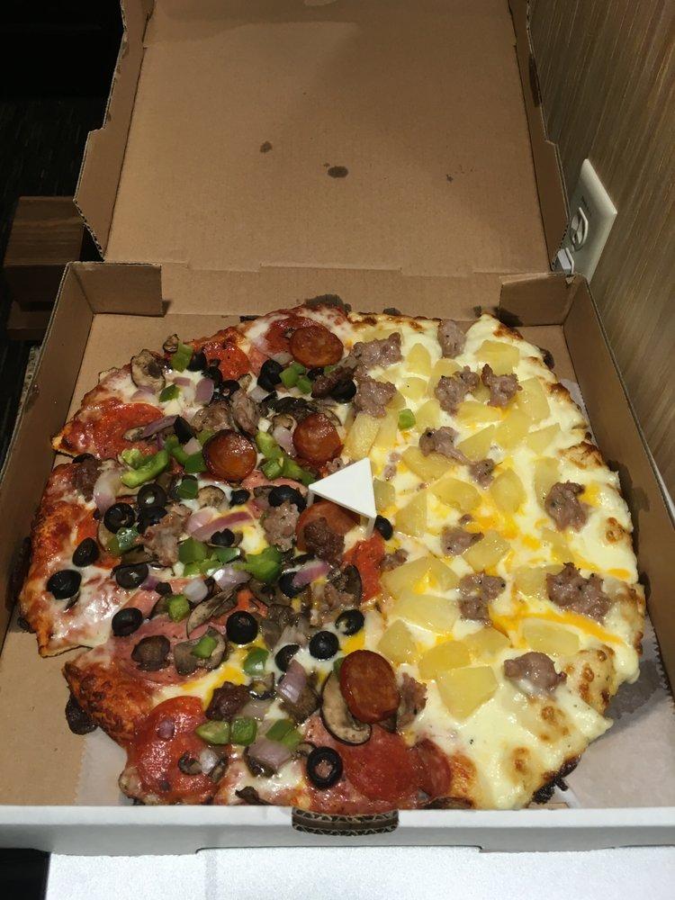 Stone Fire Pizza: 18983 Hartmann Rd, Hidden Valley Lake, CA
