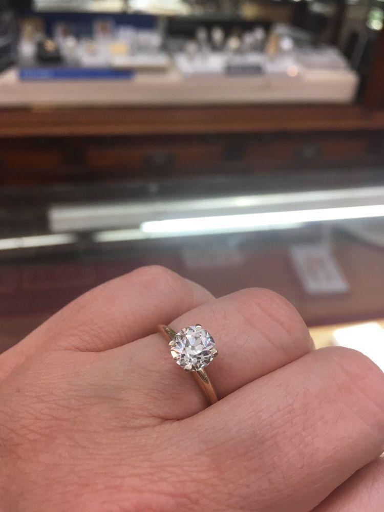 H L Lang Jewelers: 11 W Beverley St, Staunton, VA