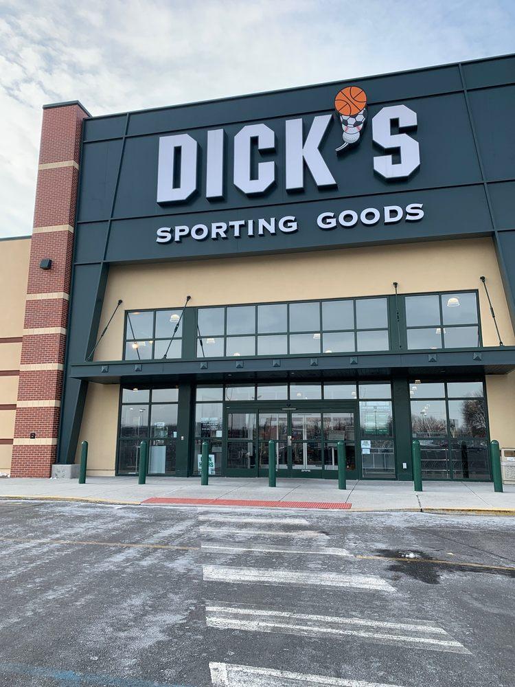 DICK'S Sporting Goods: 1320 Lincoln Way E, Chambersburg, PA