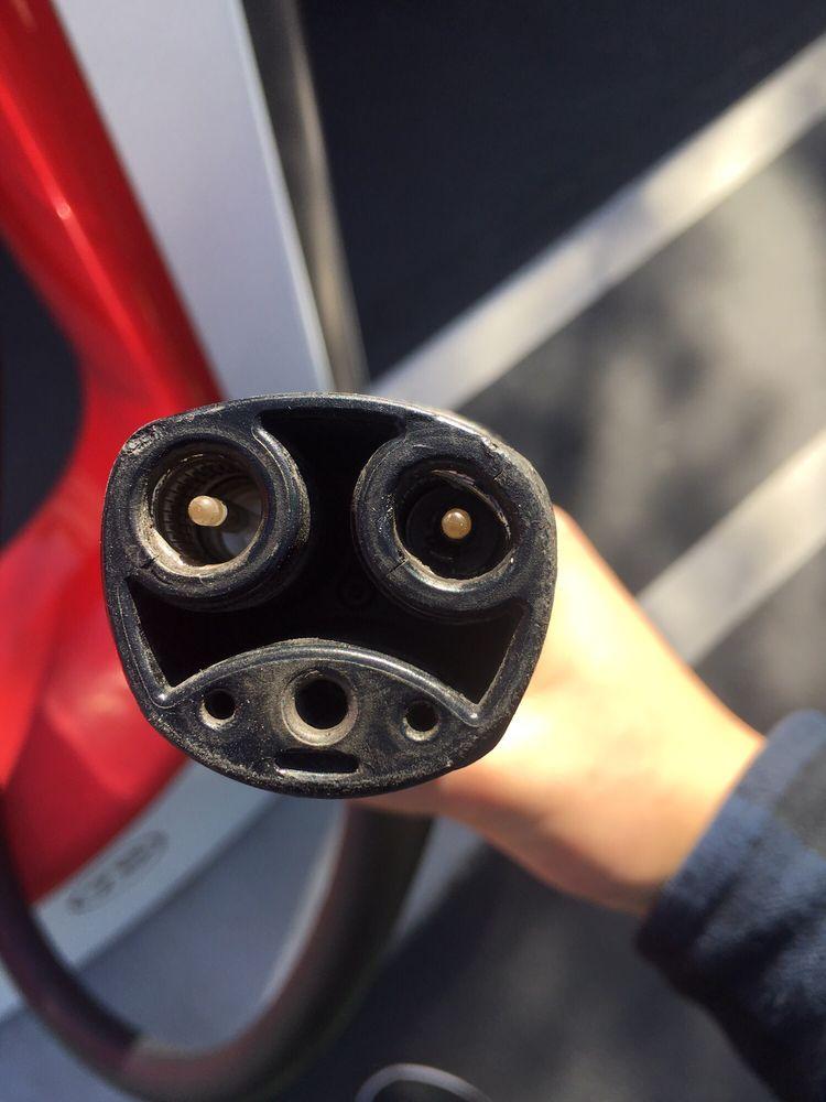 Tesla Supercharger: 48568-48666 Seminole Dr, Cabazon, CA