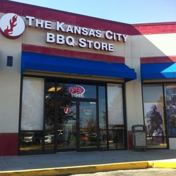 The kansas city bbq store 16 reviews local flavour for Craft stores in kansas city