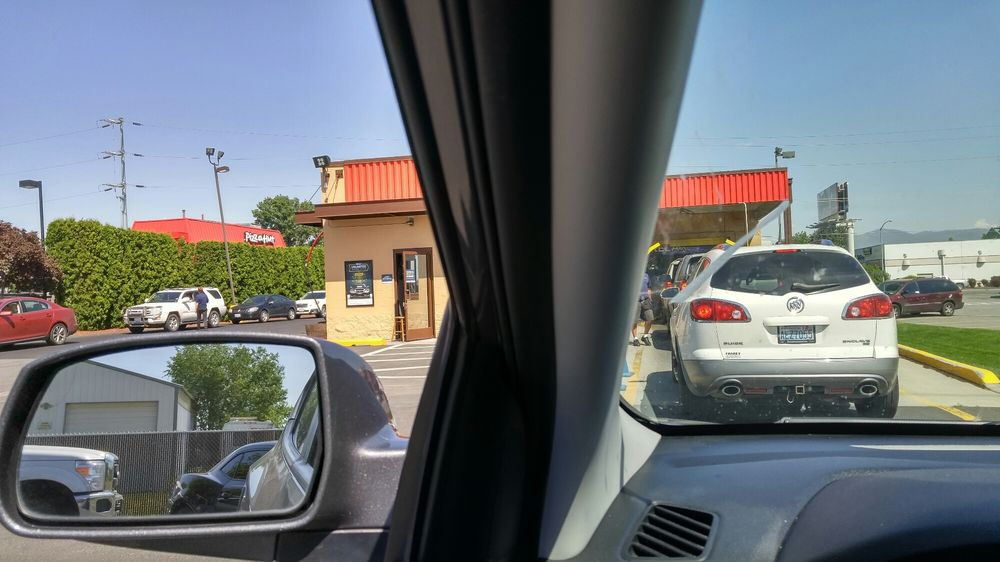 Mister Car Wash Spokane Valley
