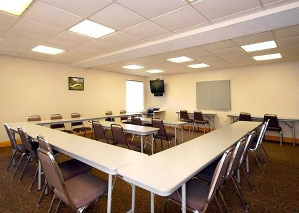 Quality Inn: 150 FDR Drive, North Vernon, IN