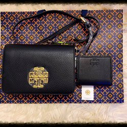 77a4a216e040 Tory Burch - 71 Photos   48 Reviews - Accessories - 875 S Grand Central  Pkwy