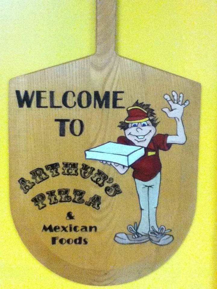 Arthur's Pizza & Mexican Food: 103 W 9th St, Ellis, KS