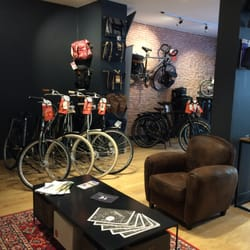 Holland bikes r paration de v lo maintenance 17 rue for Bart vos interieur