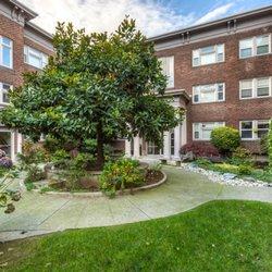 Carolina Court Apartments Seattle Wa