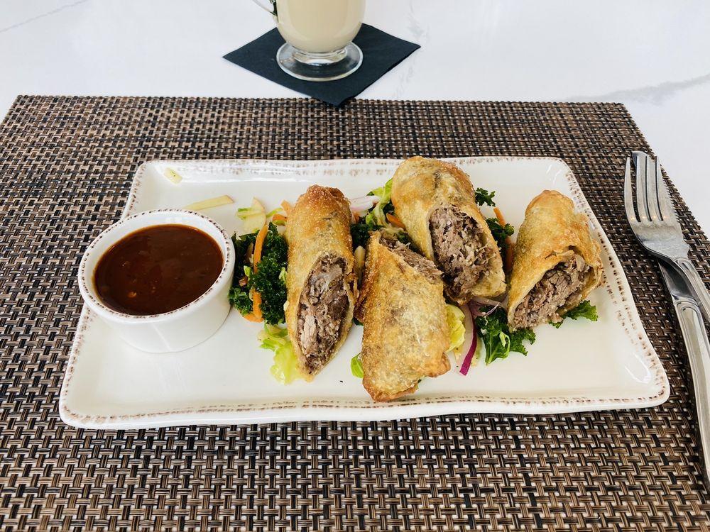 Nolabelle Kitchen + Bar: 520 S Front St, Mankato, MN