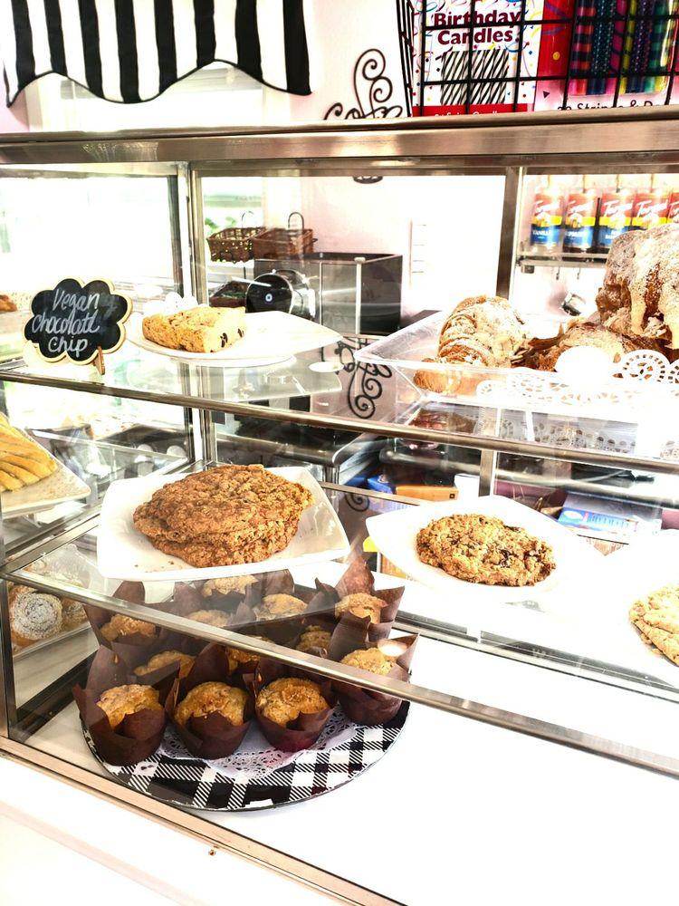 Delish bakery: 1603 Lafayette St, Steilacoom, WA
