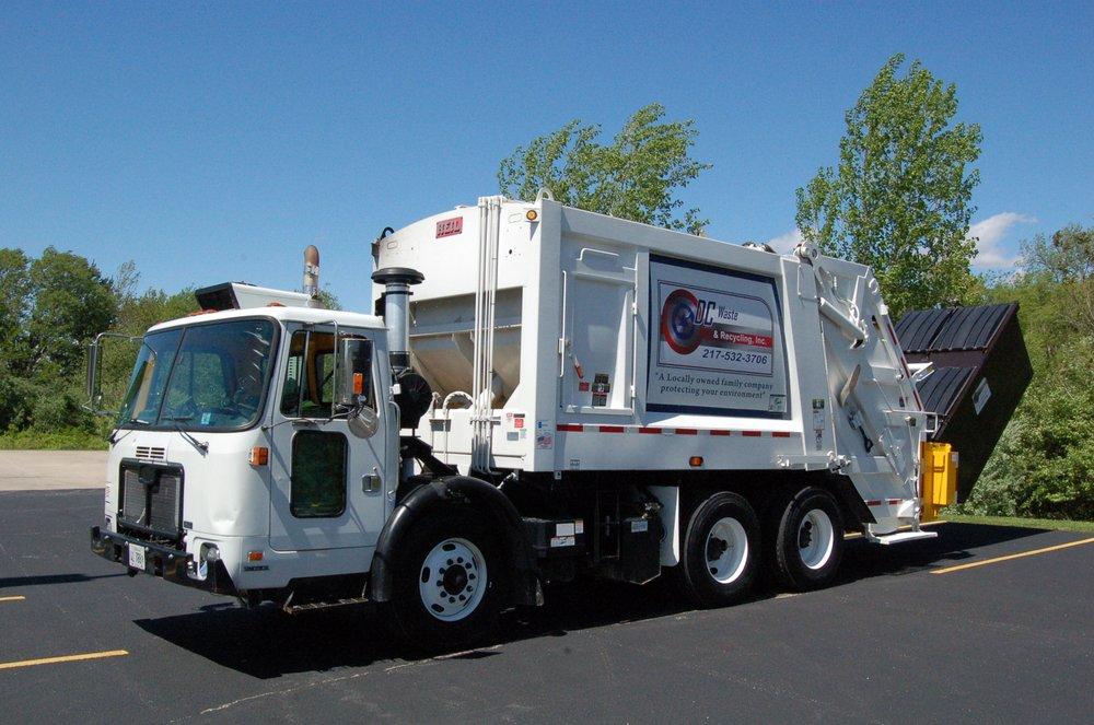 DC Waste & Recycling: 1301 Vandalia Rd, Hillsboro, IL