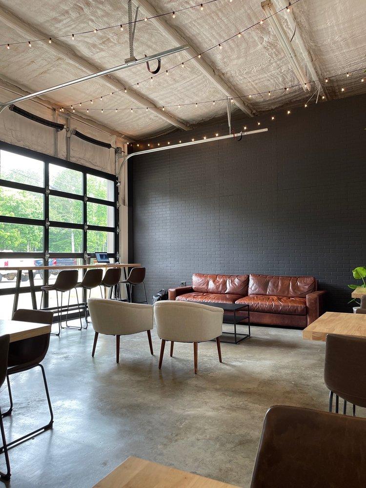 Makers Coffee: 8289 US-31, Morris, AL