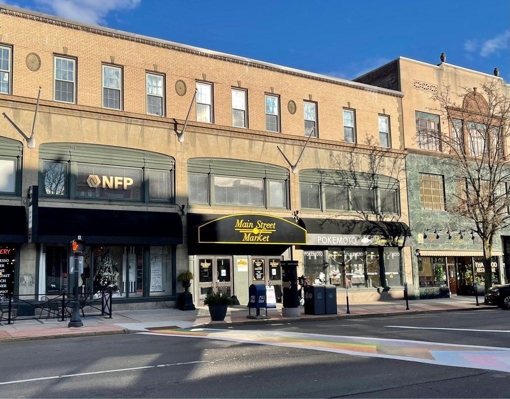 Main Street Market: 386 Main St, Middletown, CT