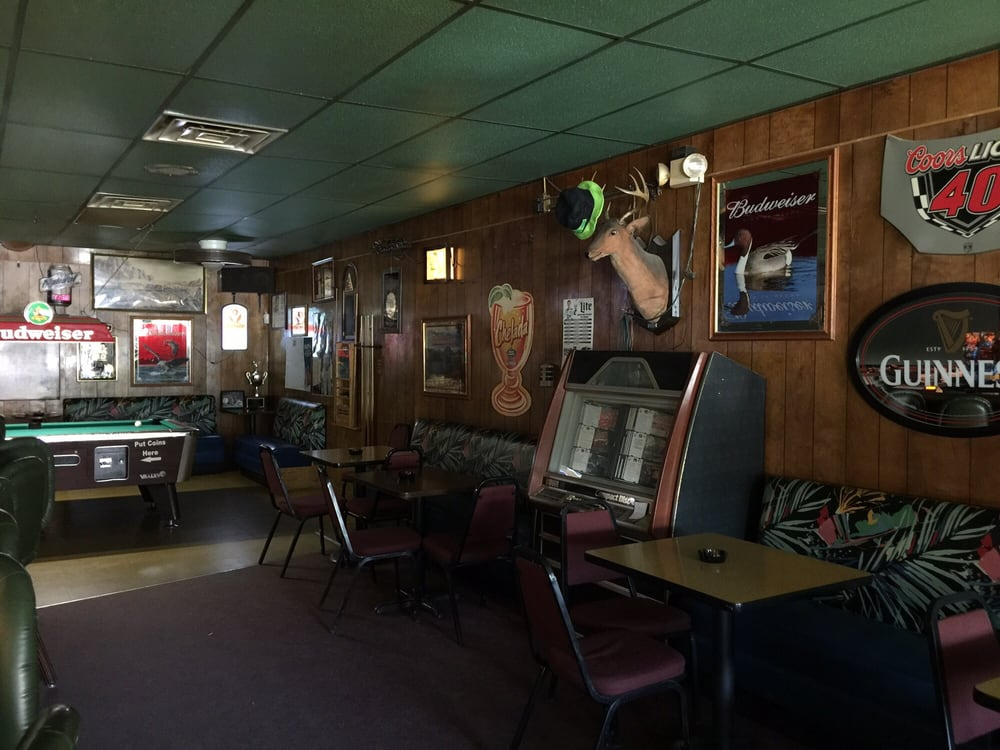 Shamrock Pub: 143 Clover St, Caliente, NV