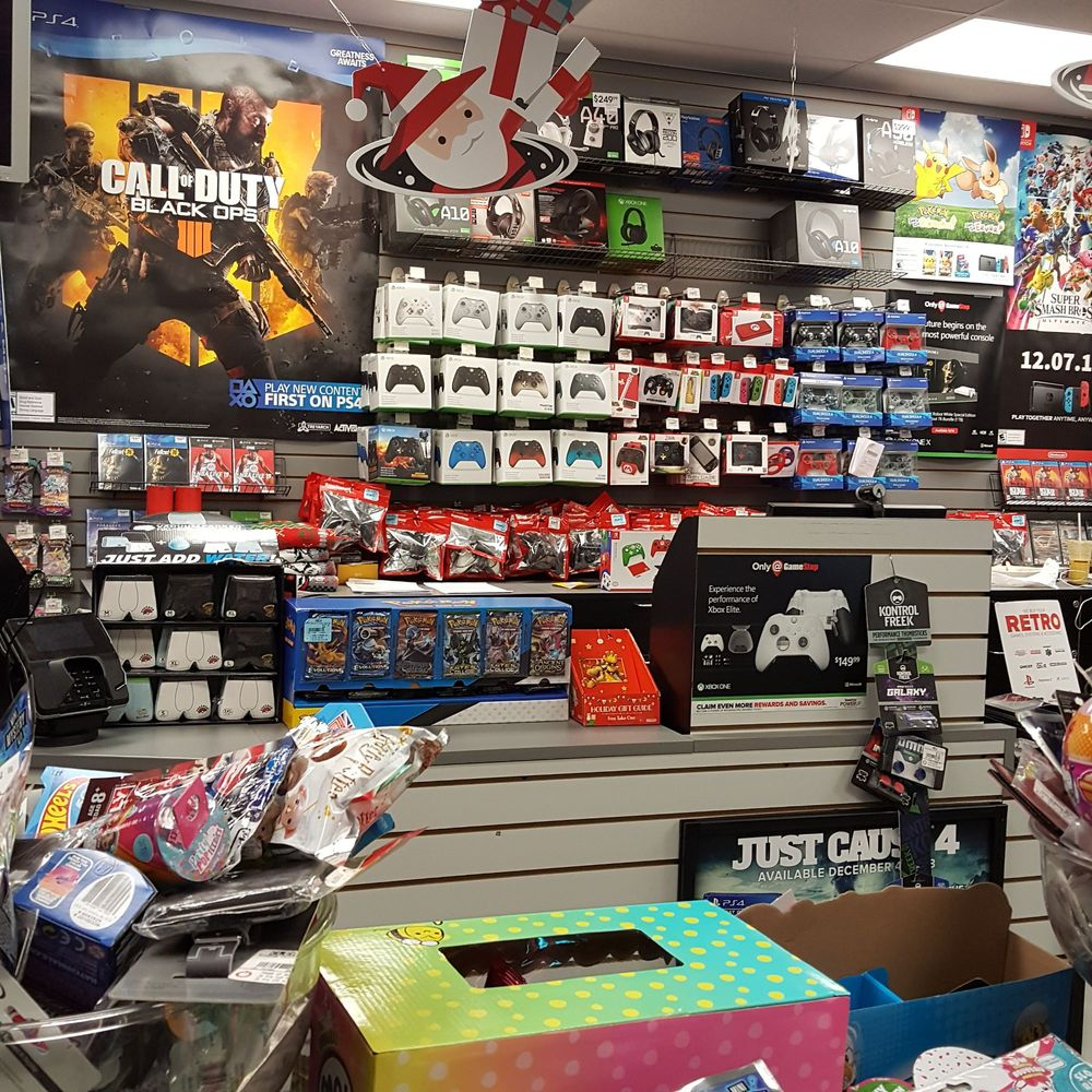 Gamestop: 61-16 188th St, New York, NY