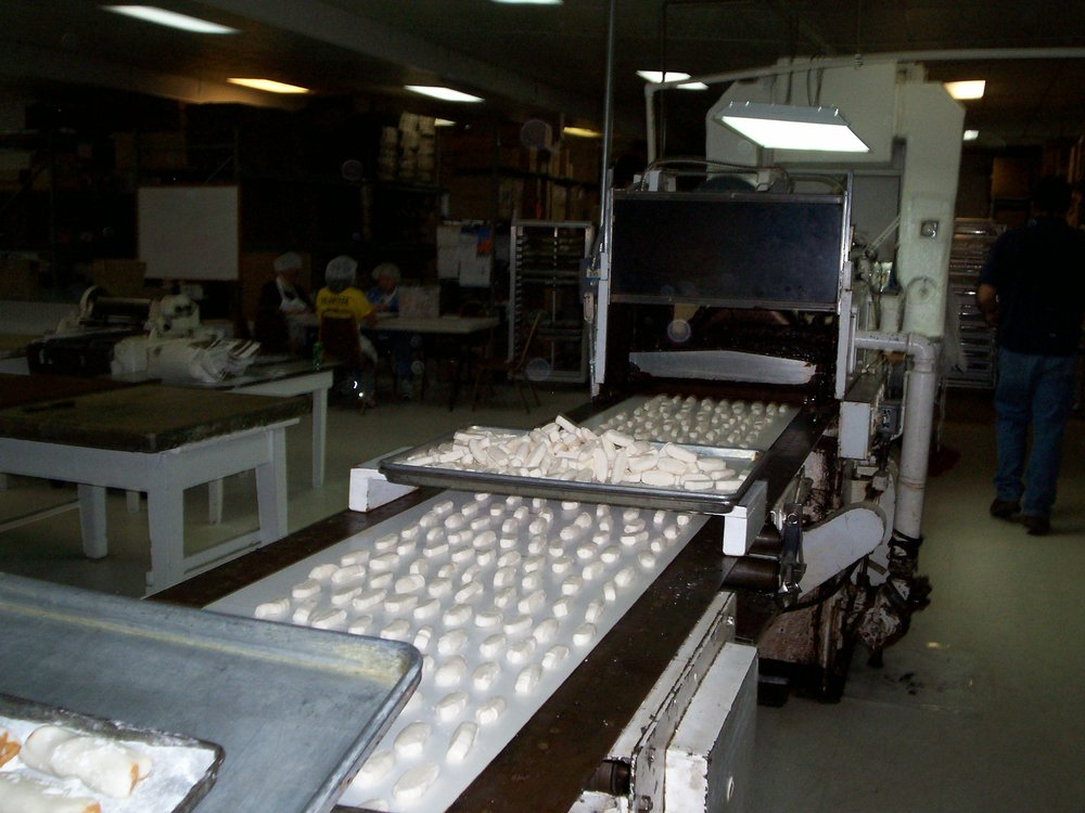 Ruth Hunt Candy Co: 550 N Maysville Rd, Mount Sterling, KY
