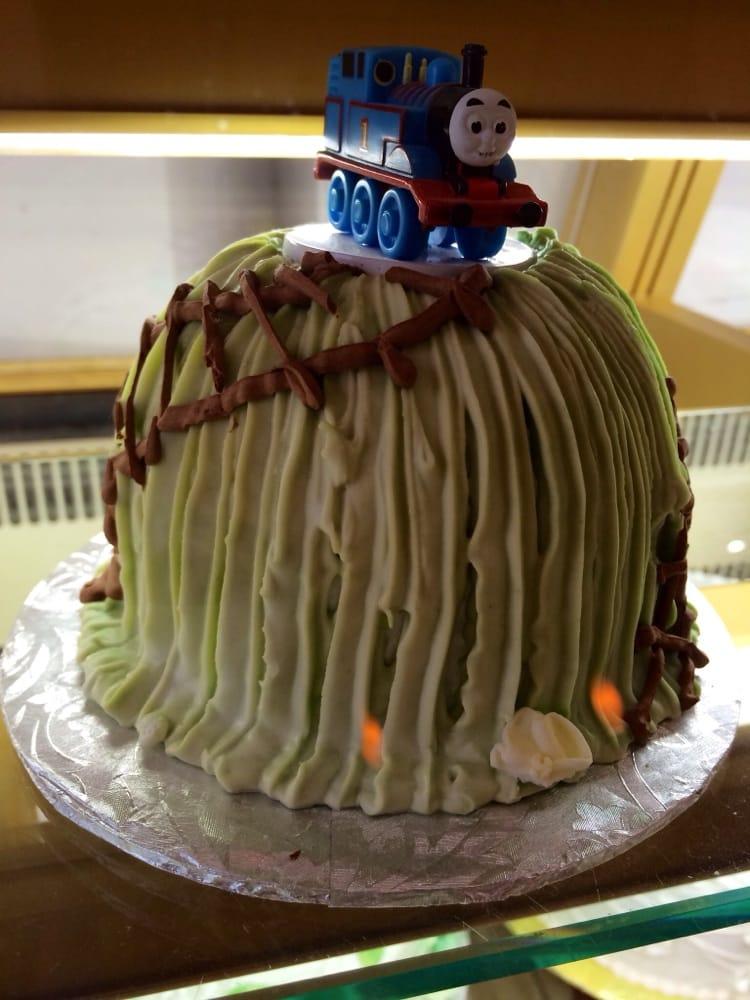 Cool kids cakes! - Yelp