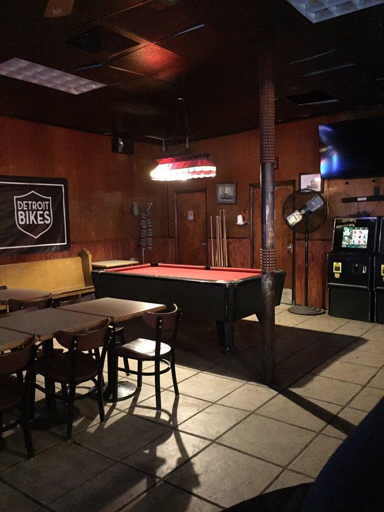 Temple Bar: 2906 Cass Ave, Detroit, MI