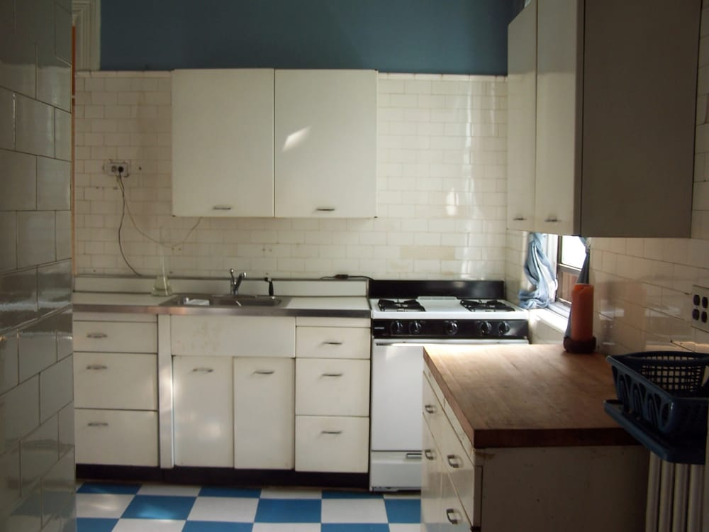 4 Kitchen Cabinets Stove Butcher Block Counter Yelp