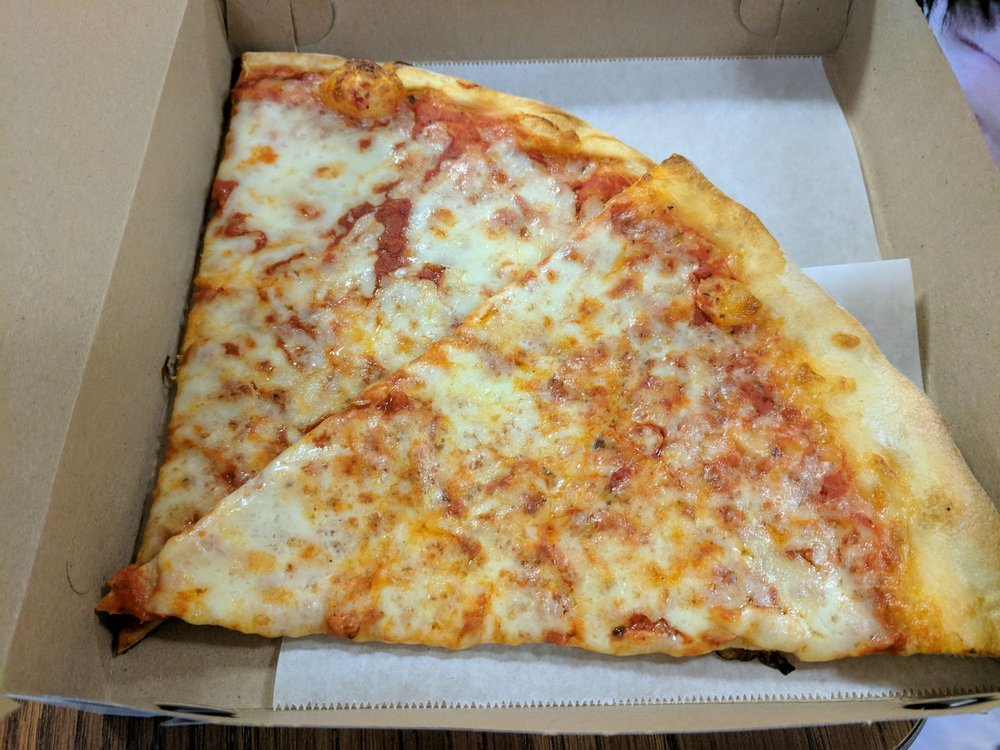 Santo Pizzeria & Restaurant: 5094 Rte 22, Amenia, NY