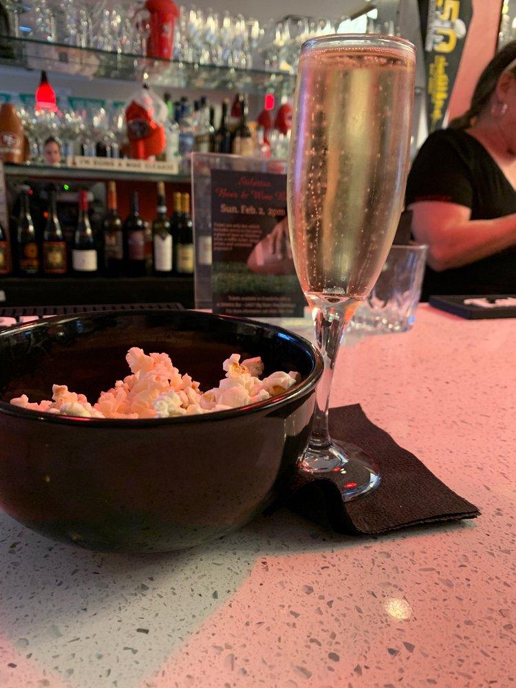 Stilettos Wine Bar