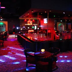 La strip clubs for ladies