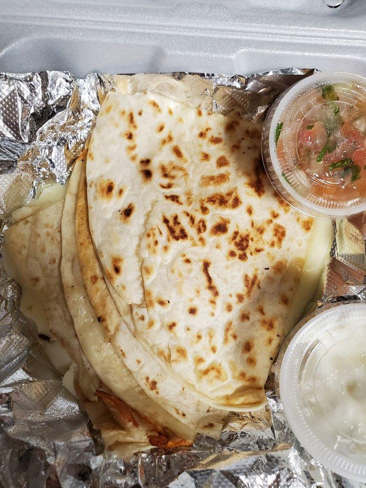 Doña Elida - Restaurant & Papuseria: 13542 Minnieville Rd, Woodbridge, VA