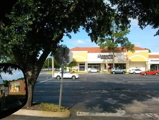 Goodwill Cerrado Tienda De Segunda Mano 2984 S Ridgewood Ave Edgewater Fl Estados