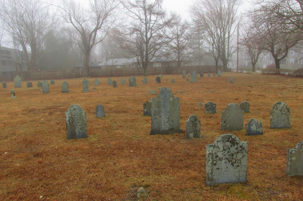 Hyannis Ancient Cemetery: 509 South St, Barnstable, MA