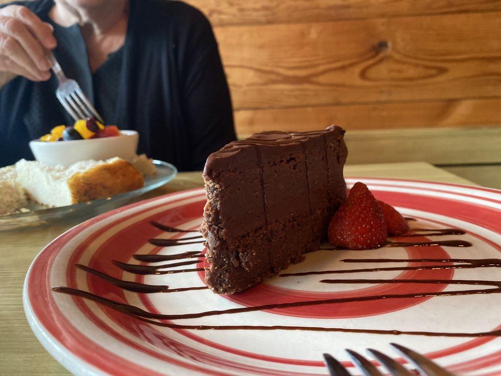 Sage Cafe: 210 W Houston St, Sherman, TX