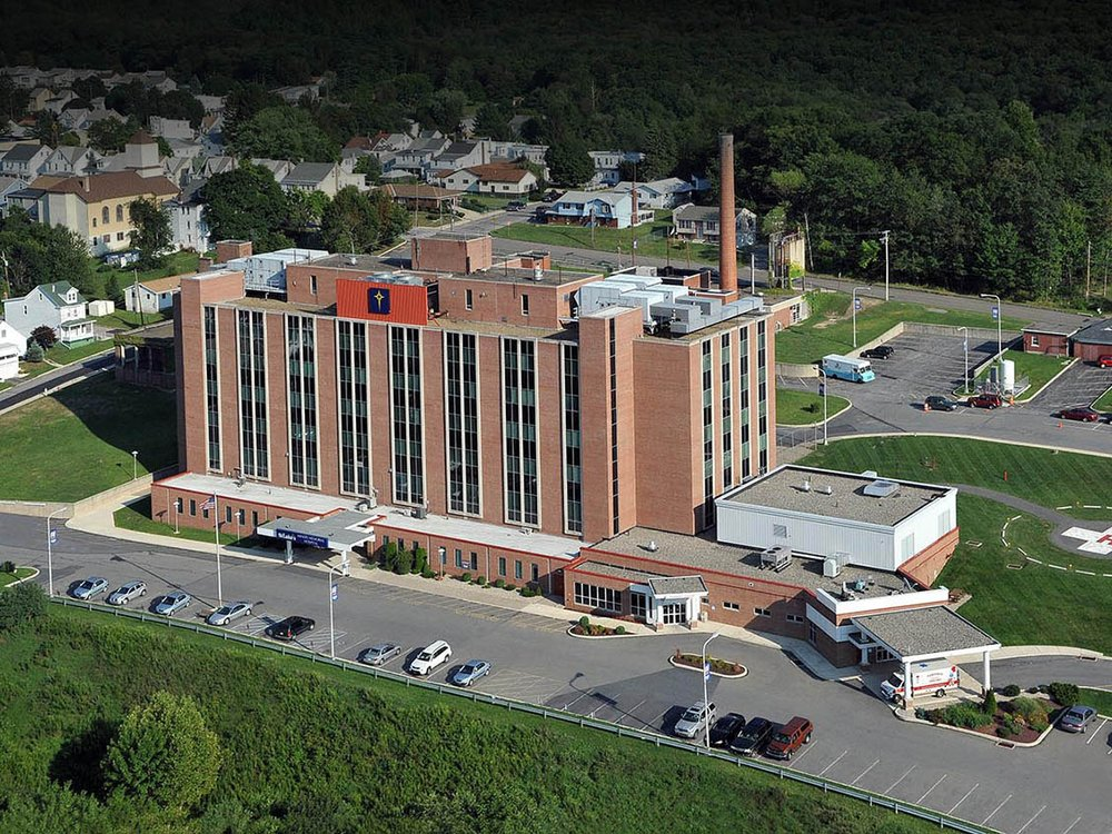 St. Luke's Hospital - Miners Campus: 360 W Ruddle St, Coaldale, PA