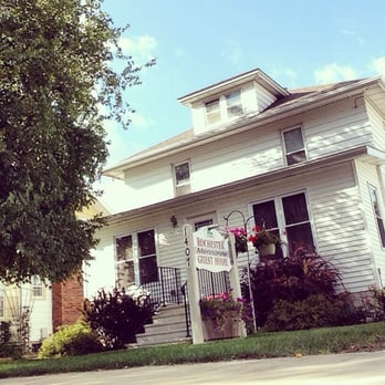 Mennonite Guest Home - Hotels - 1407 1st St SW, Rochester, MN