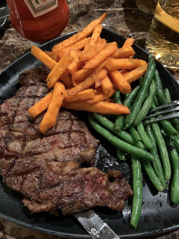 Casa Steak Seafood Smokehouse: 42087 State Rte 154, Lisbon, OH