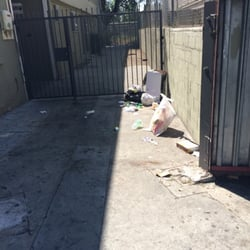 Photo Of Iris Garden Apartments   Azusa, CA, United States. Trash All Over