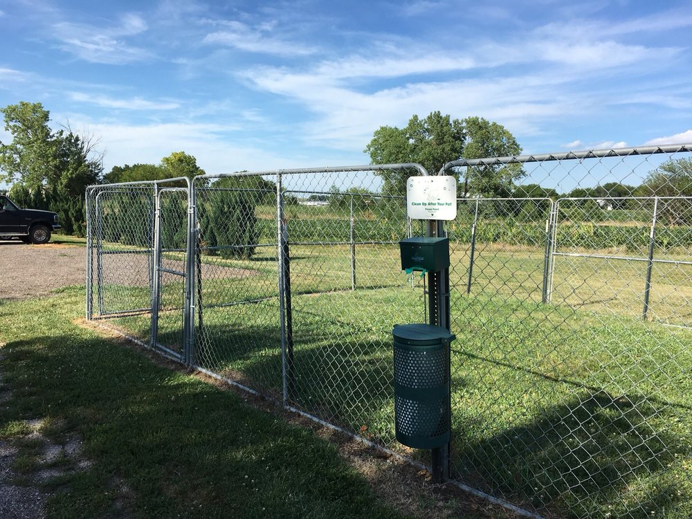 Pine Grove Rv Park & Campground: 23403 Mynard Rd, Greenwood, NE