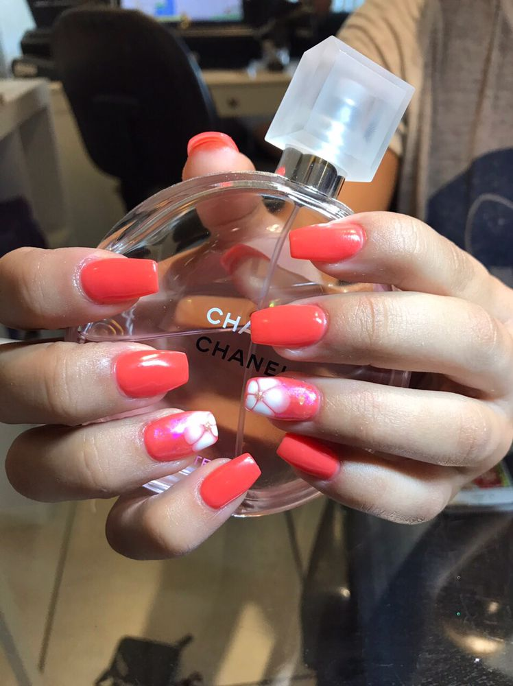 Dipping powder which has vitamin E & calcium, could grow your nails ...