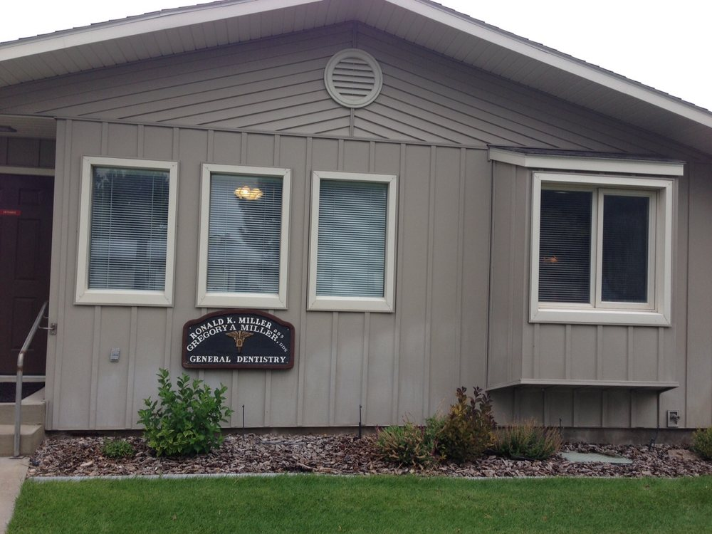 Power County Dental Clinic: 843 Reed St, American Falls, ID