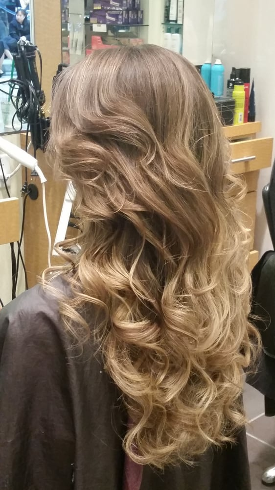 Aura 19 Reviews Hair Salons 1230 4700 Kingsway Metrotown