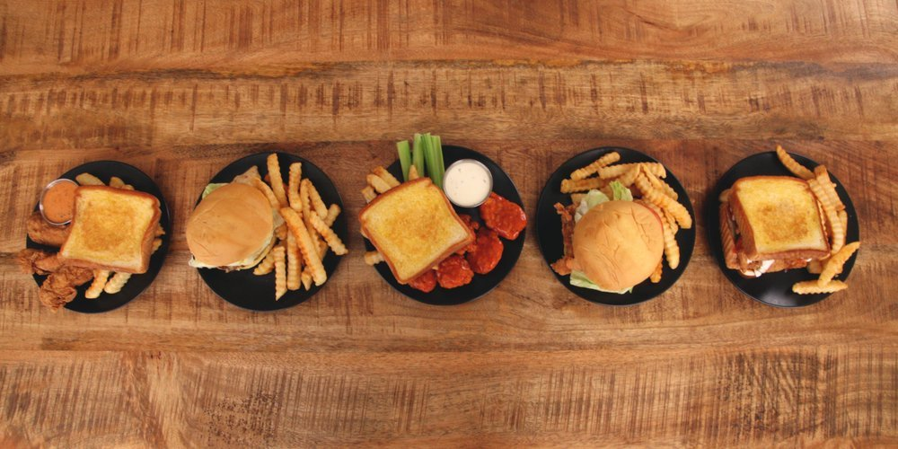 Zaxby's Chicken Fingers & Buffalo Wings: 1204 Crawford St, Americus, GA