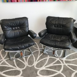 Photo Of Boulevard   Palm Springs, CA, United States. Pair Of Leather Chairs  ...