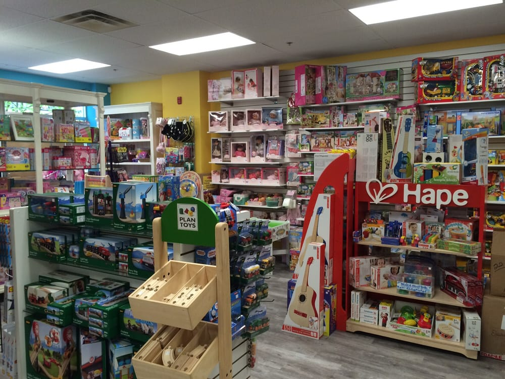 Toy Stores Green Bay : Buddies toy store stores oak bay avenue