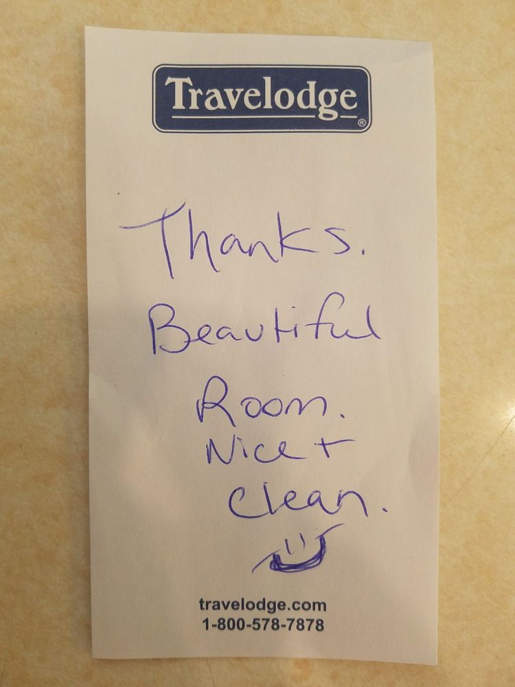 guest checked out today leaving this note in the room yelp. Black Bedroom Furniture Sets. Home Design Ideas