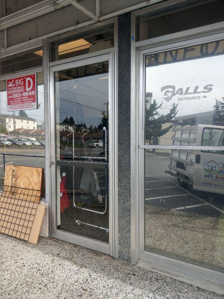 Quick Fix Glass and Mirror: 28131 37th Ave S, Auburn, WA