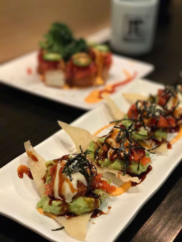 Bishamon Japanese Restaurant & Karaoke Lounge: 139 N Citrus Ave, Covina, CA