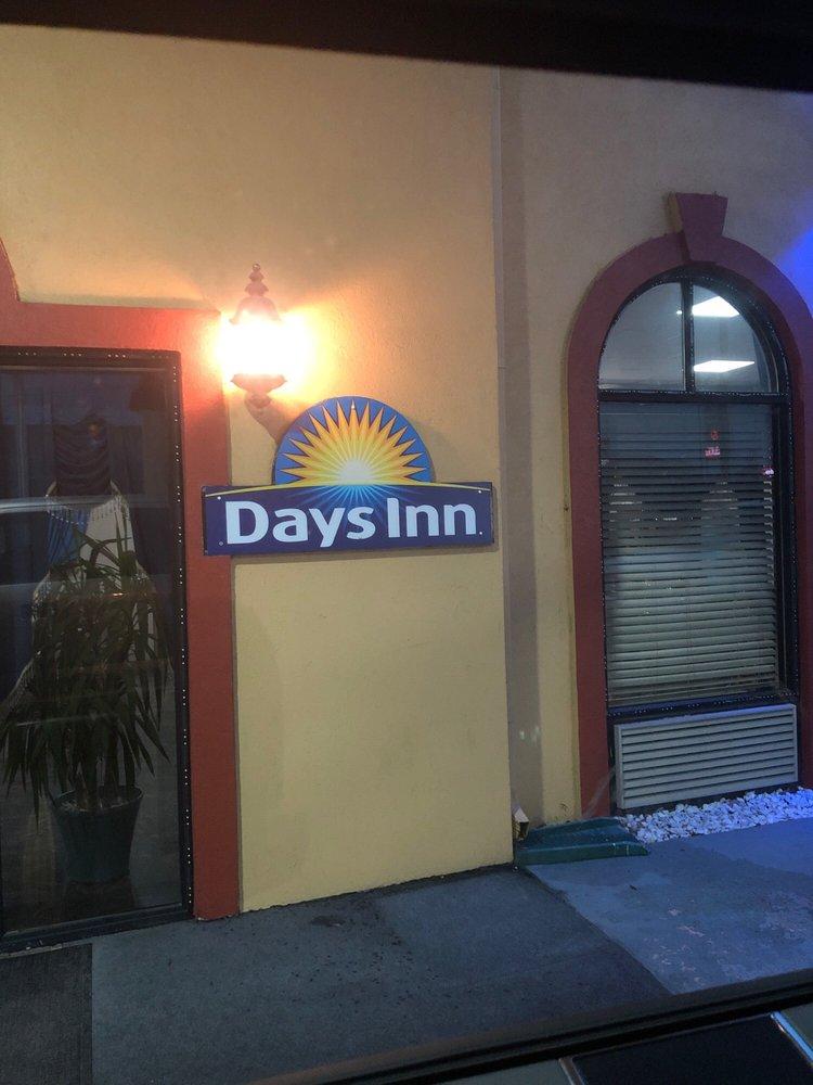 Day's Inn: Hwy 601 I 26, Norway, SC