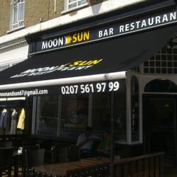 moon sun bar restaurant cucina britannica finsbury park londra london regno unito. Black Bedroom Furniture Sets. Home Design Ideas