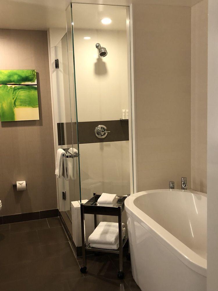 Photo Of Vdara Hotel   Las Vegas, NV, United States. Standing Shower +