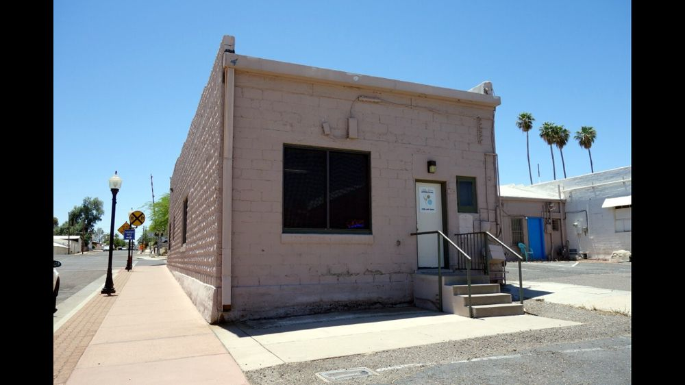 Ashley Anderson Alterations: 108 Frontier St, Wickenburg, AZ