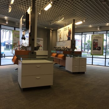 Photo Of Sprint Store   Orange, CA, United States. Very Clean Store