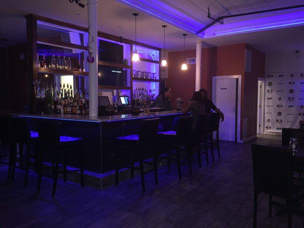 Blvd Bar & Lounge: 472 Franklin Ave, Mount Vernon, NY