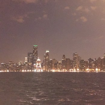 Photo Of North Avenue Beach Chicago Il United States With Flash
